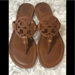 🎀Tory Burch Miller Sandals Size 7.5🎀